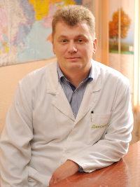 Хмільовий Дмитро Андрійович, Лікар-хірург